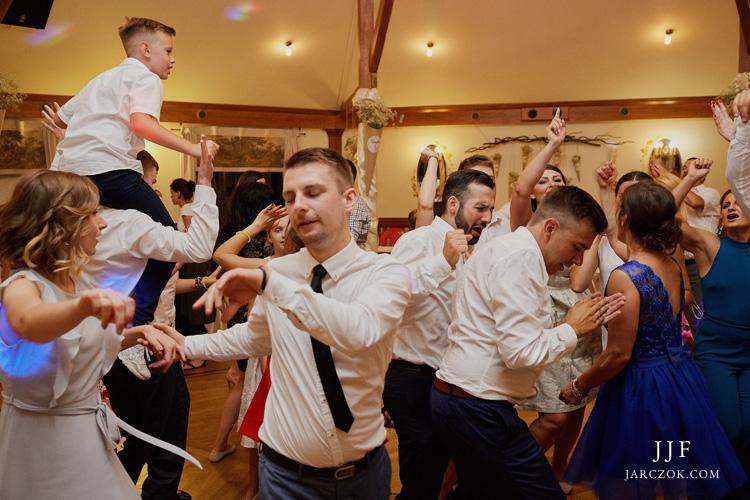 Fotograf - zdjęcia z wesela w Cyprianówce w Warszowicach.