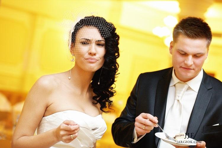 Wnętrza Karczmy Kuban w Pszczynie, zabawa weselna.
