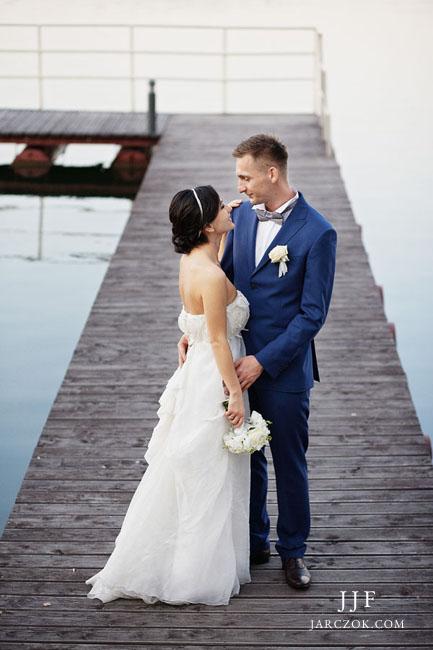 Sala weselna nad brzegiem jeziora na Śląsku.