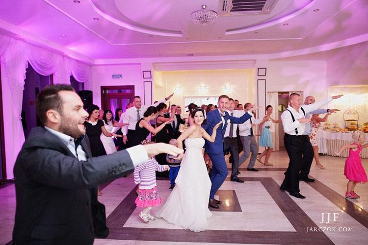 Przyjęcie weselne w Villi Marina na fotografiach.