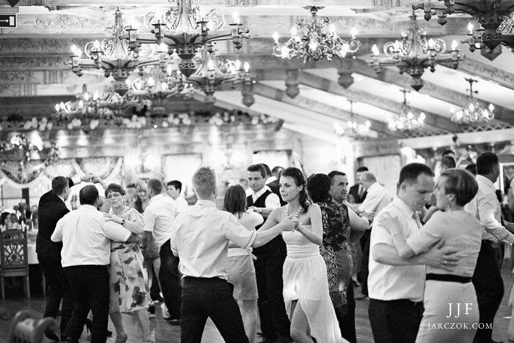 Zdjęcia z wesela w Przystani w Kabanosie w Spytkowicach.