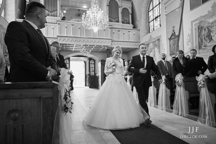 Ślub w Kościele pw Św. Macieja Apostoła w Andrychowie - zdjęcia.