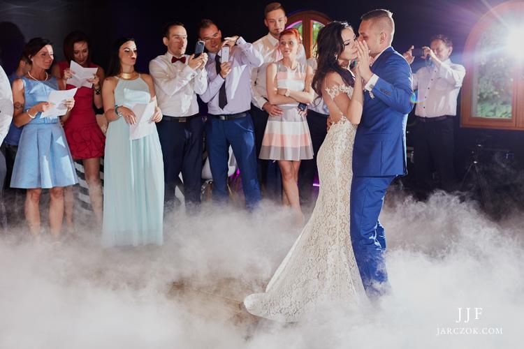 Przyjęcie weselne w Poziom 511 w Podzamczu na Jurze.