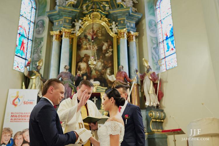 Kościół Wszystkich Świętych przy pszczyńskim rynku - galeria zdjęć z ceremonii ślubnej.