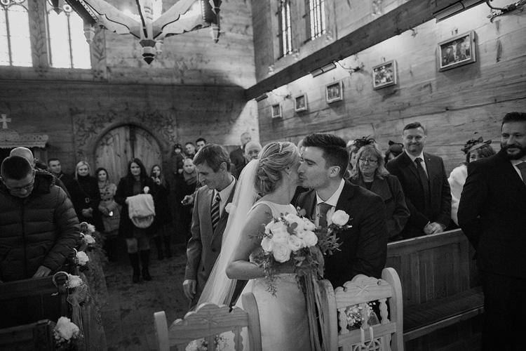 Kaplica w Jaszczurówce - zdjęcia ze ślubu.