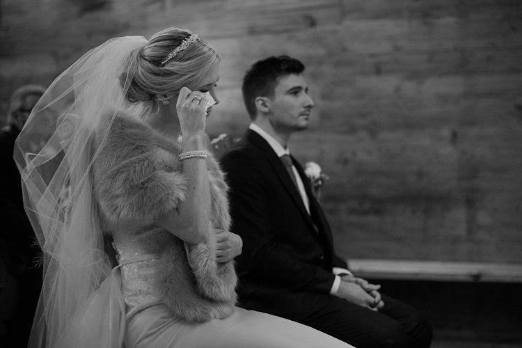 Wzruszający moment podczas ślubu Agnieszki i Dominica w Jaszczurówce, Zakopane.