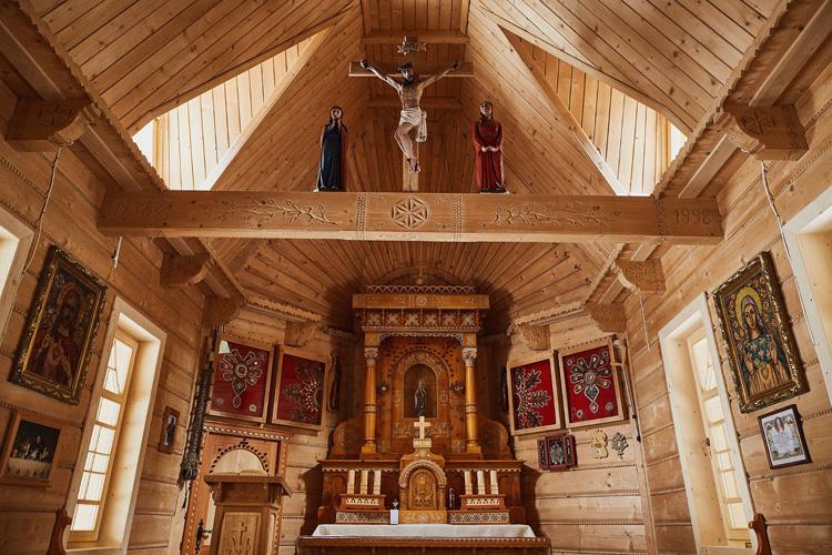 Wnętrze kalplicy na Wiktorówkach.