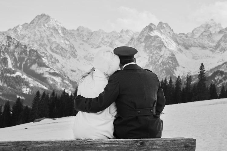 Zimowy ślub w Górach na fotografiach.